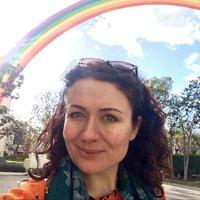 Clara Benn | Social Profile