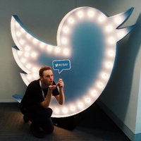 stuart chater | Social Profile