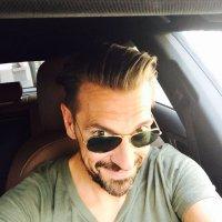 Joeri Van den Bergh | Social Profile