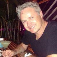 Julian Schiller | Social Profile