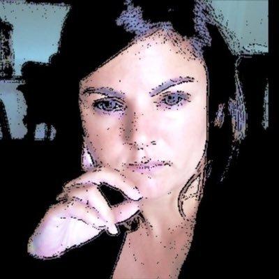 nadeia   *     Social Profile