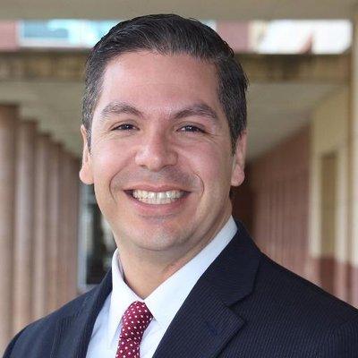 Alberto R. Baez | Social Profile