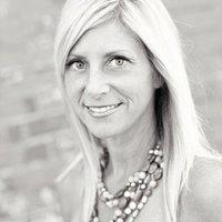 Leigh Caraccioli | Social Profile