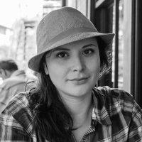 Jeannine Henderson | Social Profile
