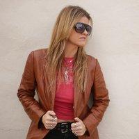 Robyn Ludwick   Social Profile