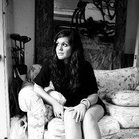 Emily Lynch   Social Profile