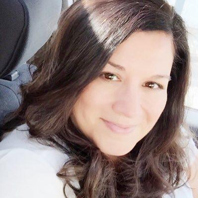 Lin Corto Social Profile