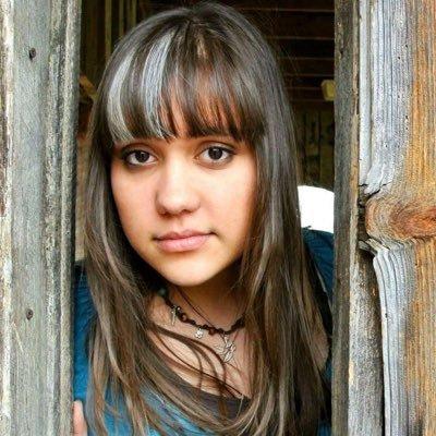 Katie Tekulve | Social Profile