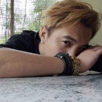 Ian fang 方伟傑 | Social Profile