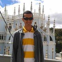 Daniel Ullauri | Social Profile