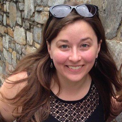 Lara Killian | Social Profile