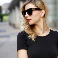 Lauren Grussendorf | Social Profile
