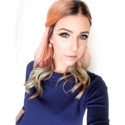 stacey brennan | Social Profile