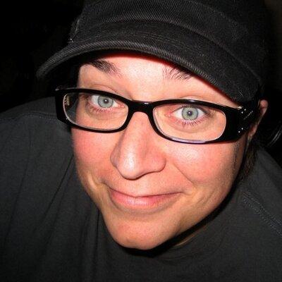 Lisa McMillan | Social Profile