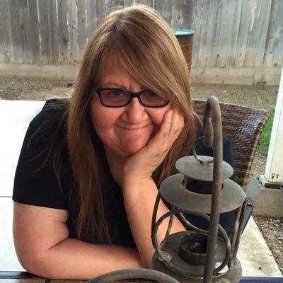 Victoria Martinez | Social Profile