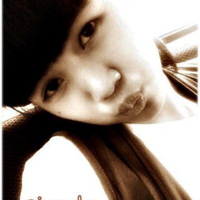 Dessy_Chan