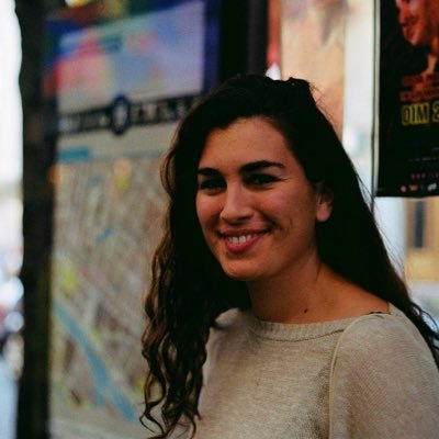 Charlotte Harris | Social Profile