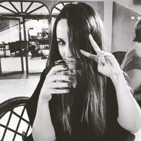 Claire Victoria | Social Profile