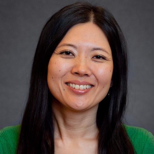 Tomoko Hosaka Social Profile
