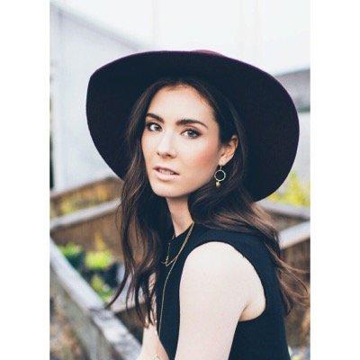 Claire Mitchell | Social Profile