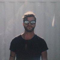Alexander Collins | Social Profile