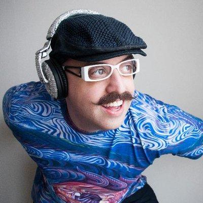 DJ Ron Slomowicz | Social Profile