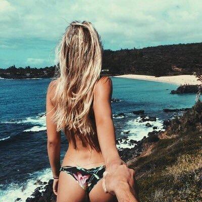 Beach Vibes ✌️☀️ Social Profile