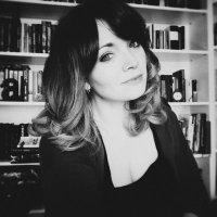 Nicole Olea | Social Profile