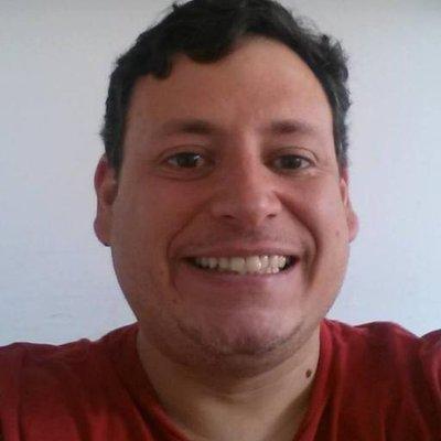 CompaFelipe Esquivel | Social Profile