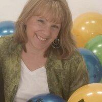 Michele @ SENDaBALL | Social Profile