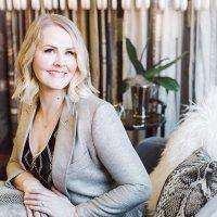 Sarah Walker   Social Profile
