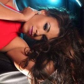 Paola Maya   Social Profile