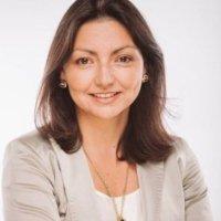 Dr Daniella Abreu | Social Profile