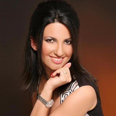 Dina Dobrou | Social Profile