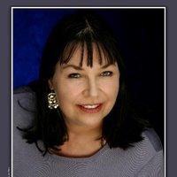 Ramona MacLeod | Social Profile