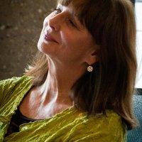 Elizabeth Buchan | Social Profile