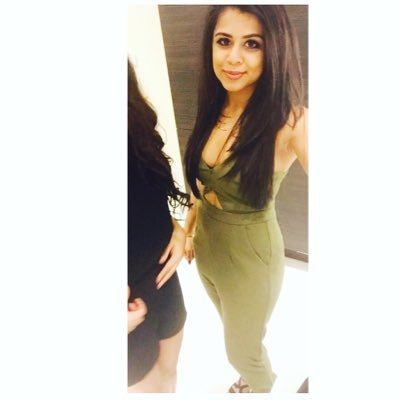 malika♡ | Social Profile