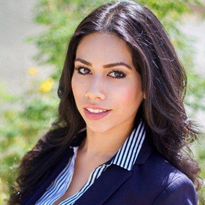 Vianca Navarrete | Social Profile