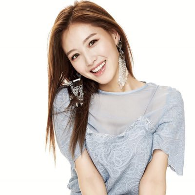 Jae-kyung   Social Profile