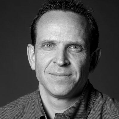 Max Peter Larsen
