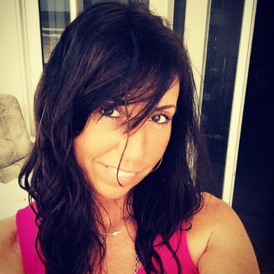 Kellie McKay | Social Profile