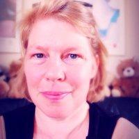 Monica van Z. | Social Profile