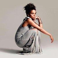 IG: Ms_Dynamite | Social Profile