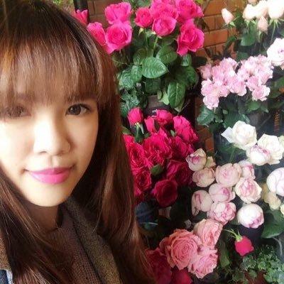 Valerie   Social Profile