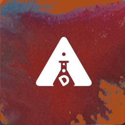 Posko Pembaca Dee Social Profile
