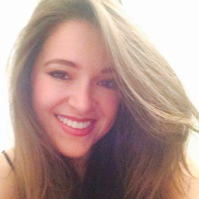 Laura Palau | Social Profile
