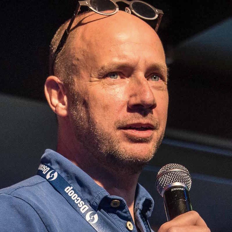 Peter van Teeseling Social Profile