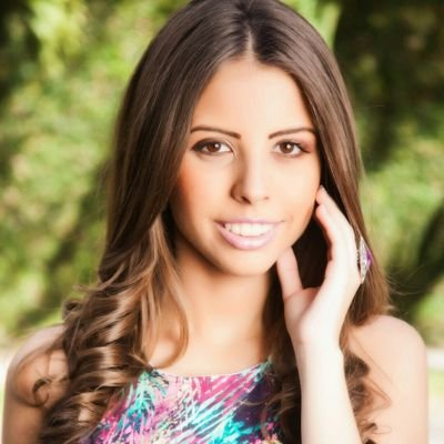 Alejandra Jacinto | Social Profile