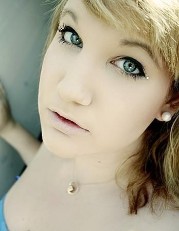 Vanessa L. Social Profile