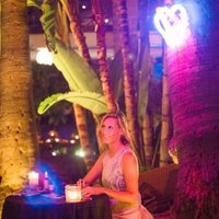 angie banicki | Social Profile